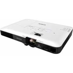 Epson PowerLite 1795F 3LCD 1080p full HD wireless mobile projector with carrying case and fast and easy image adjustments, a bright mobile powerhouse for presentations and wireless video streaming