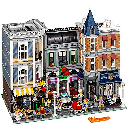 LEGO Creator Expert ASSEMBLY Square 10255 Building Kit