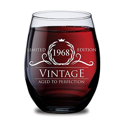 1968 50th Birthday Gifts for Women and Men Wine Glass – Funny Vintage Golden Anniversary Gift Ideas for Him, Her, Husband or Wife. Cups for Dad Mom. 15 oz Glasses – Red, White Wines Party Decorations