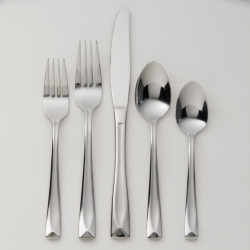 Oneida Satin Lincoln 20-pc. Flatware Set, Multicolor