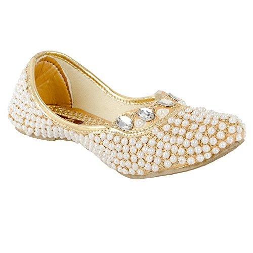 Kamsun golden Punjabi Jutti For Ladies