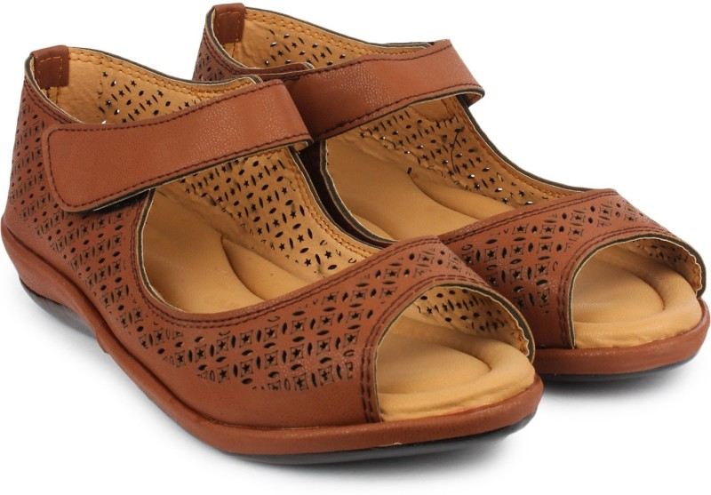 Dr.Sole Women Brown Wedges