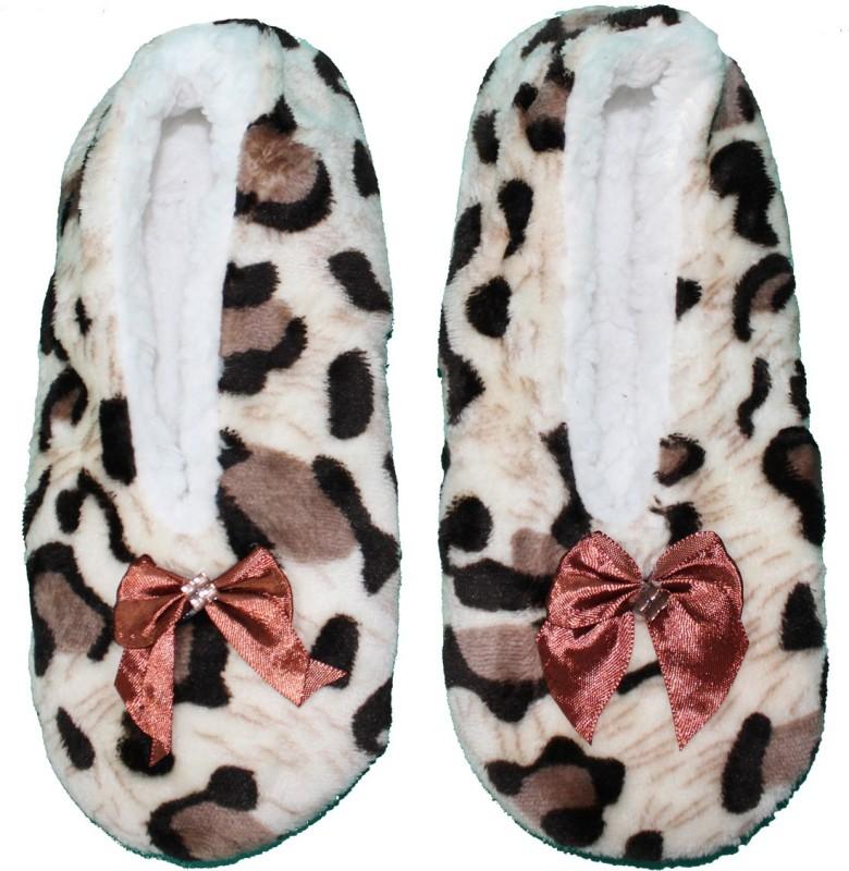 friendskart winter warm bedroom socks for home casualswhite brown -