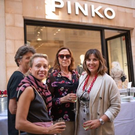 Catalina Pons, Irene Kehl, Dolores Roses, Catalina Marqués © La Siesta Press