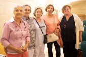 Esperanza Collado, Francisca Pujol, Hermelinda Rodriguez, Natalia Ramos y Ruth Mateu