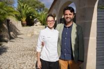 La Chef Celia Martin-Nieto y director del hotel Toni