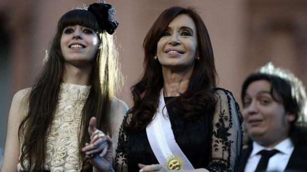 La Cámara Federal también confirmó los procesamientos de Florencia y Máximo Kirchner (AFP)