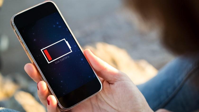 Hay que evaluar la capacidad de la batería y el año del modelo (Shutterstock)