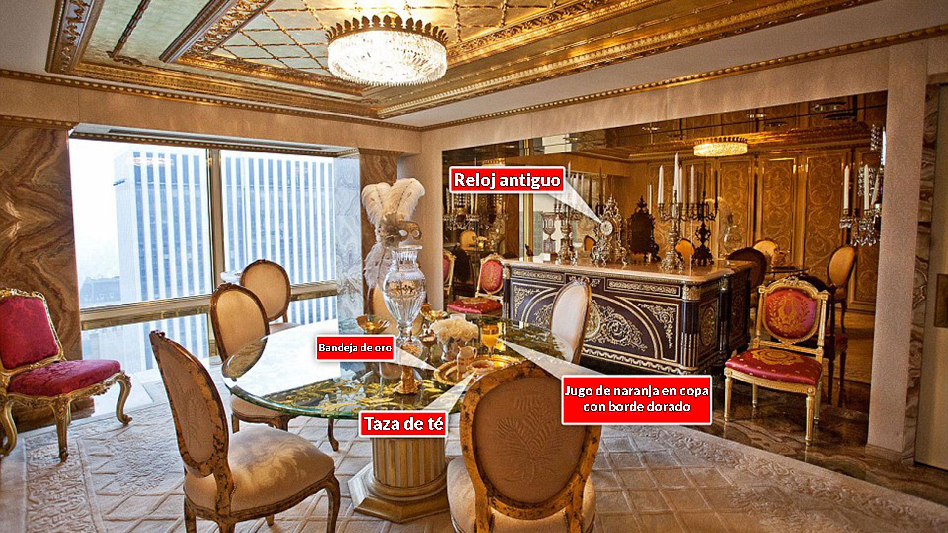 Como en toda la casa, en la sala de desayuno predomina el oro