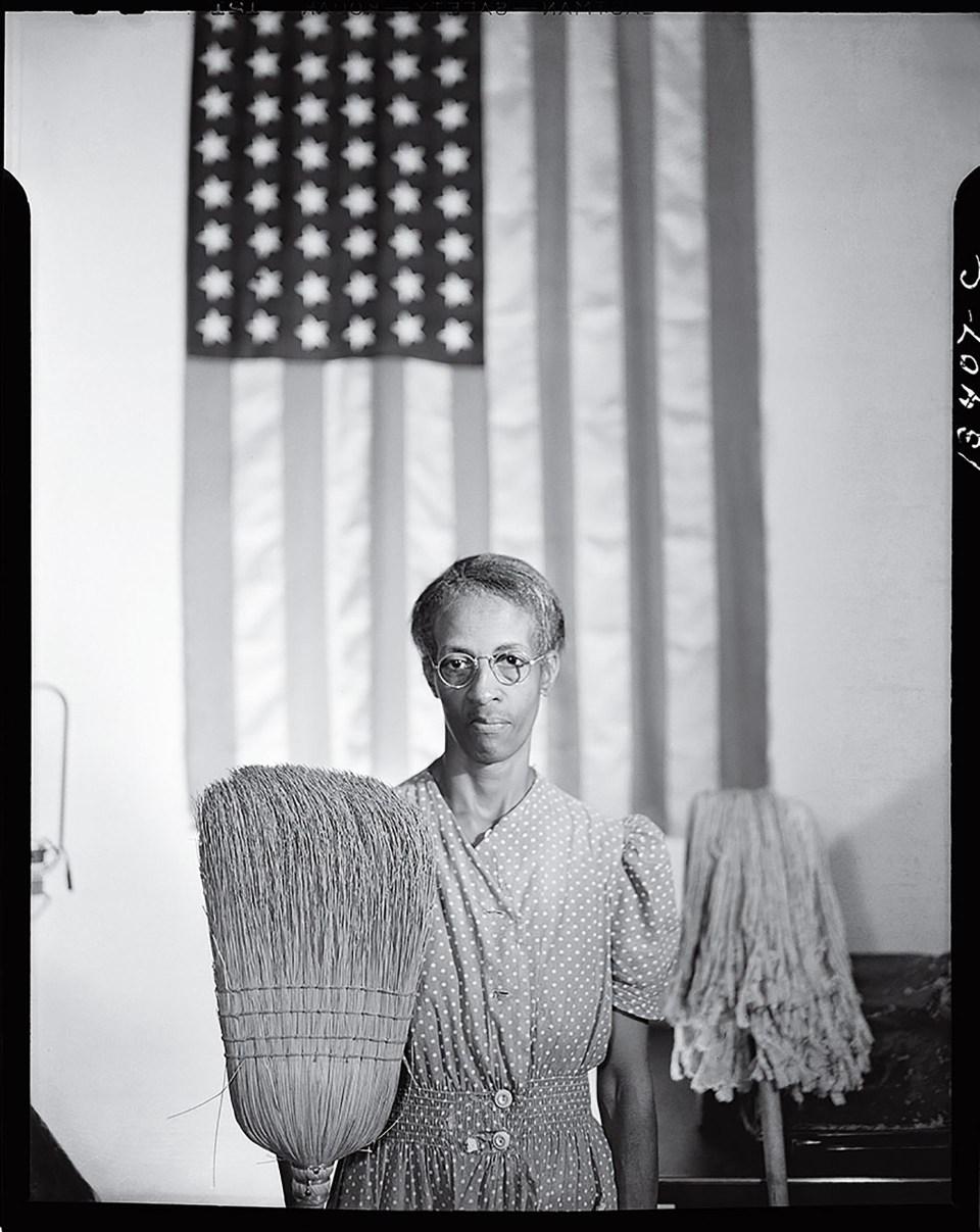 """""""Gótico estadounidense"""" (Gordon Parks, Estados Unidos, 1942)"""