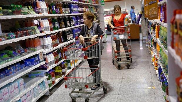 Con respecto a diciembre, el acumulado anual tuvo leve baja (Reuters)