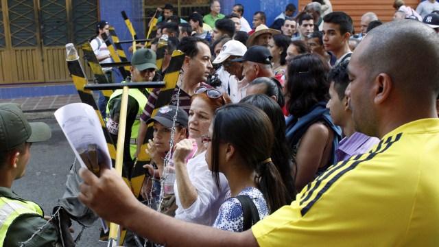 Los niños de padres indocumentados que nazcan en el país no podrán adquirir la nacionalidad colombiana.