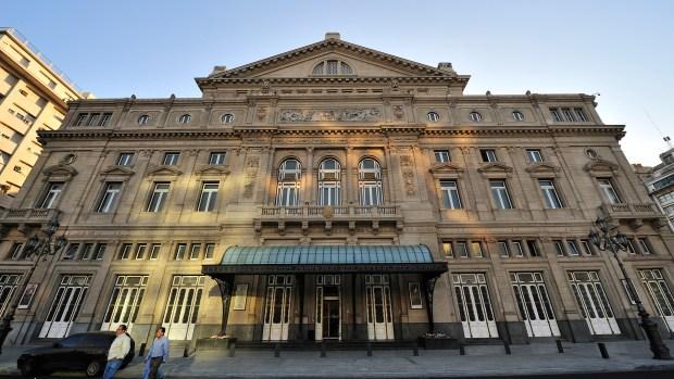 La escenario del Teatro Colón no verá la versión de Martel (iStock)