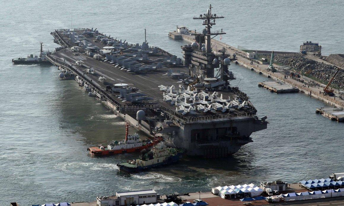 El USS Carl Vinson en Corea del Sur (Reuters)