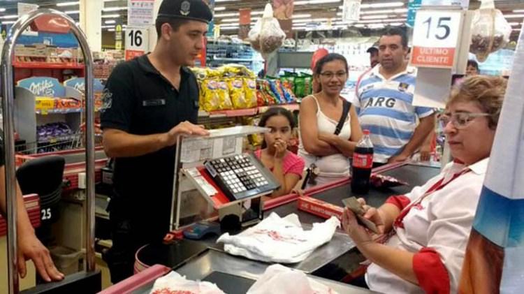 Alimentos, un rubro afectado por la caída de consumo y la inflación