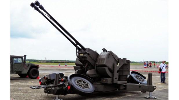 Cañones antiaéreos Oerlikon de 35 mm