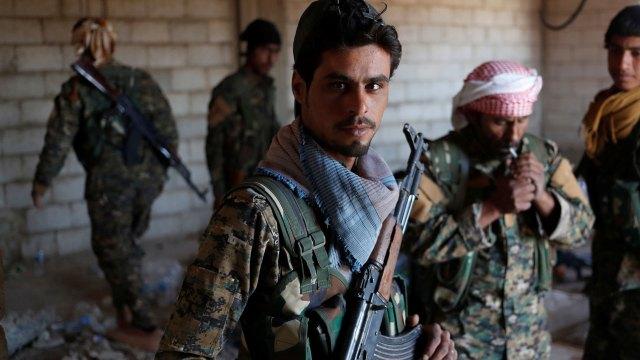 Tropas kurdas del YPG (Reuters)