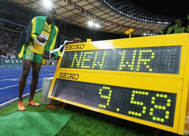 Usain Bolt ganó la medalla de oro en los 100 metros del Mundial de Berlín 2009 y estableció un récord de 9,58 segundos que aún perdura (Getty Images)
