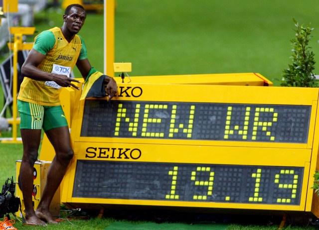 Bolt también estableció una marca para la posteridad en los 200 metros del Mundial de Berlín 2009: ganó los 200 metros con un cronómetro de 19.19 segundos (Getty Images)