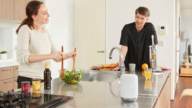Google Assistant y Alexa se incorporaron a diferentes marcas de parlantes