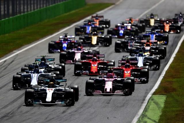 Mercedes logró un nuevo 'doblete' gracias al triunfo de Hamilton y al segundo puesto del finlandés Valtteri Bottas.