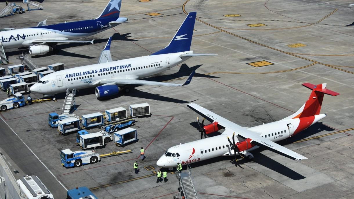Aeroparque (Adrián Escandar)