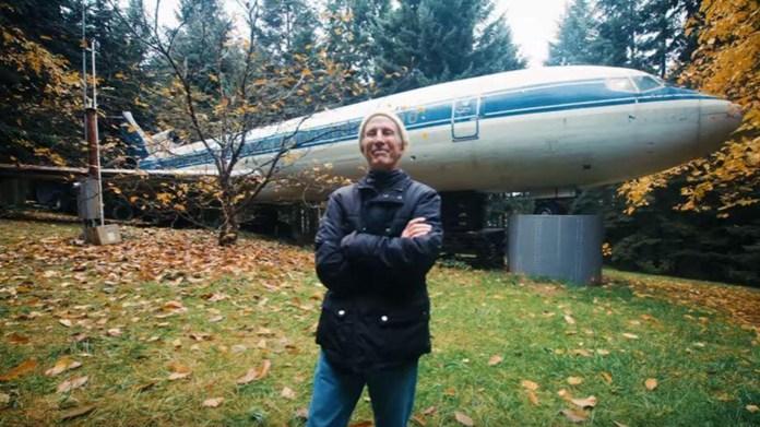 Resultado de imagen para Boeing 727 en un bosque