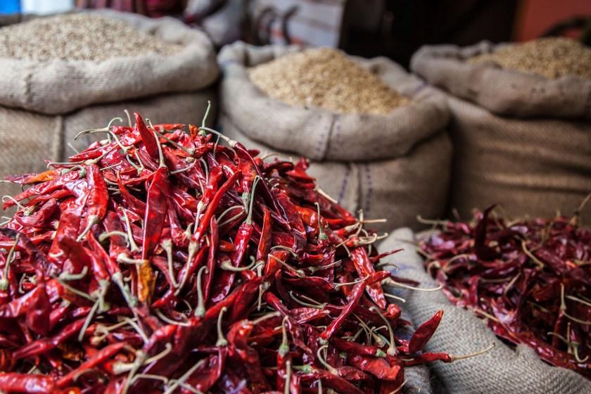 Los mercados tradicionales ofrecen una gran variedad de productos naturales (Getty images)