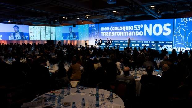 Los empresarios se reúnen durante dos días en Mar del Plata y coinciden con políticos y sindicalistas