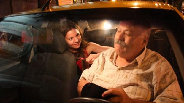 Es tu derecho pedirle al taxista que apague el estéreo y que prenda o apague el aire acondicionado, según tu gusto.