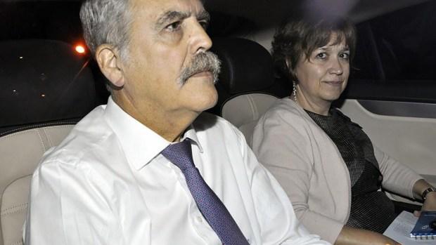 Julio de Vido y su esposa Alejandra Minnicelli (EFE)