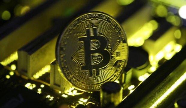 La criptomoneda quebró el martes la barrera de USD 10.000 en las plataformas Bitstamp y CoinDesk.
