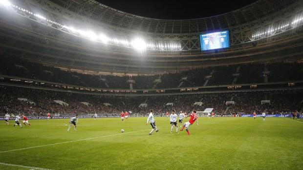 El Estadio Luzhniki se inauguró con un amistoso entre Rusia y Argentina (EFE)