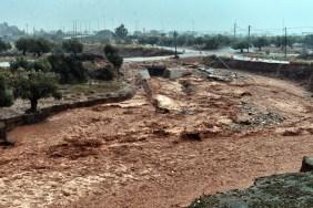 Resultado de imagen para as lluvias torrenciales en Grecia causan 15 muert