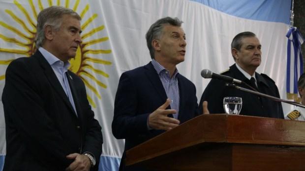 El presidente Macri junto al ministro Oscar Aguad y al jefe de la Armada, almirante Marcelo Srur (María Eugenia Salgado)