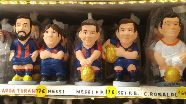 Lionel Messi —en varias versiones— y Cristiano Ronaldo (Infobae)