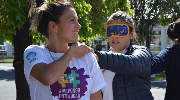 #MePongoEnTuLugar sale a la calle para que todos puedan experimentar las restricciones que las personas con discapacidad y su grupo familiar enfrentan en su vida cotidiana