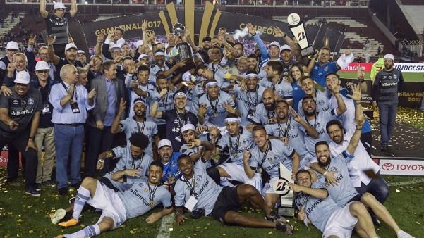 29/11 Gremio derrota a Lanús y se convierte en campeón de la Copa Libertadores