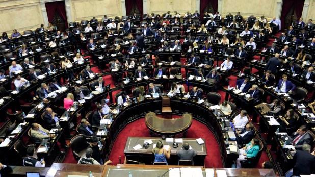 Los diputados en sesión: se llevan un 40% más de sobresueldo en canje de pasajes(NA)