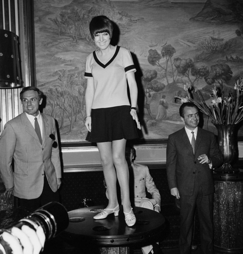 Mary Quant, la diseñadora que inventó la mini falda femenina