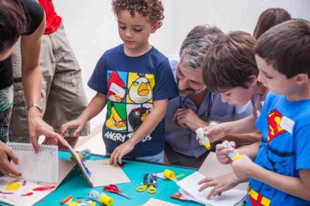 Los talleres están destinados a la creatividad y creación de los mas pequeños de la familia