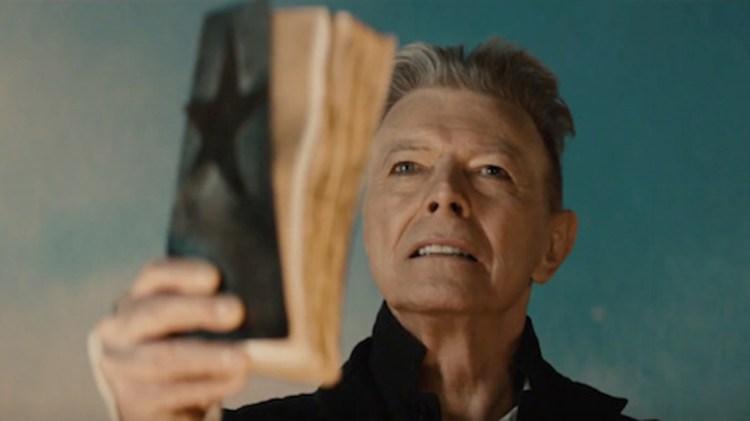 """""""Blackstar"""", último disco de Bowie, también debía contener un libro"""