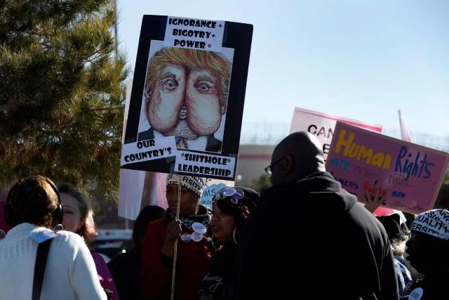 """La """"Marcha de las Mujeres"""" también se manifestó en contra de la administración Trump(REUTERS)"""