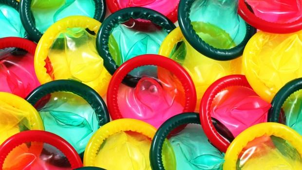 Cada 13 de febrero se conmemora el Día Internacional del Preservativo (Getty)
