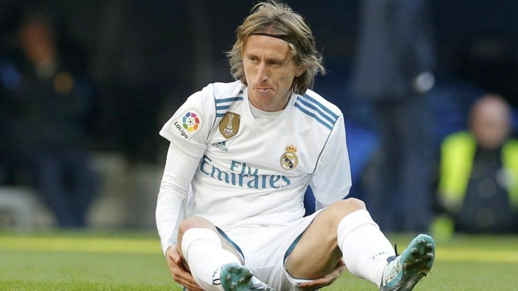 Luka Modric es pretendido por el Inter y el Real Madrid está dispuesto a llevar el caso a la UEFA (AP)