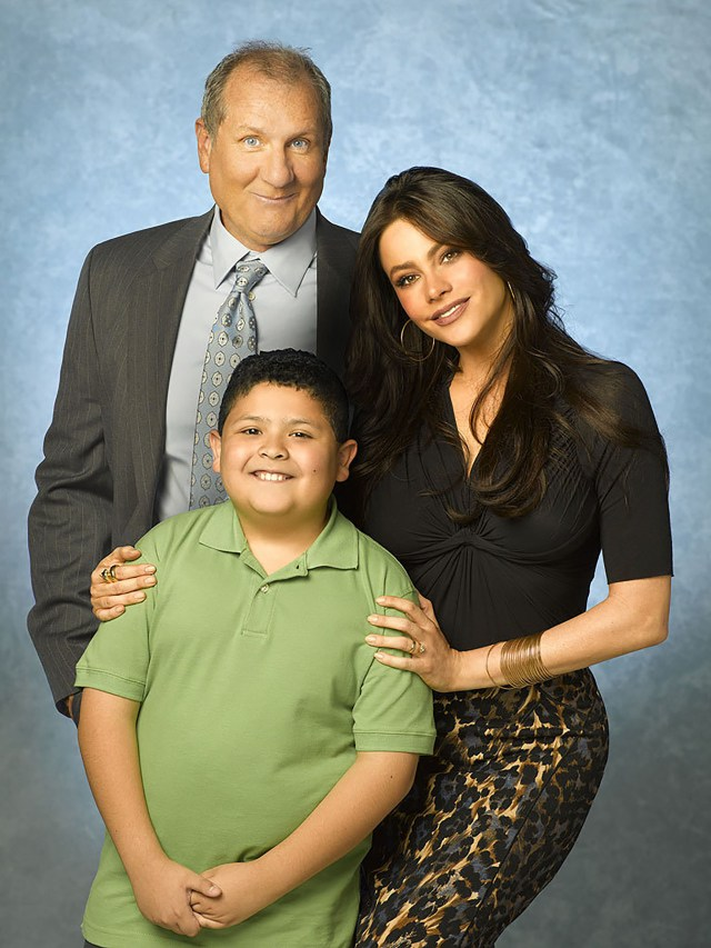 Ed O' Neill, Sofia Vergara y Rico Rodriguez, estrellas de la comedia Modern Family