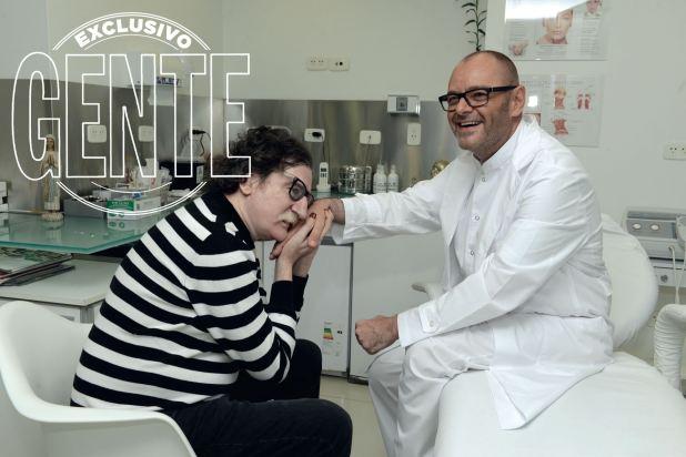 Charly García y el Dr. Mûhlberger (Foto Maximiliano Vernazza/GENTE)