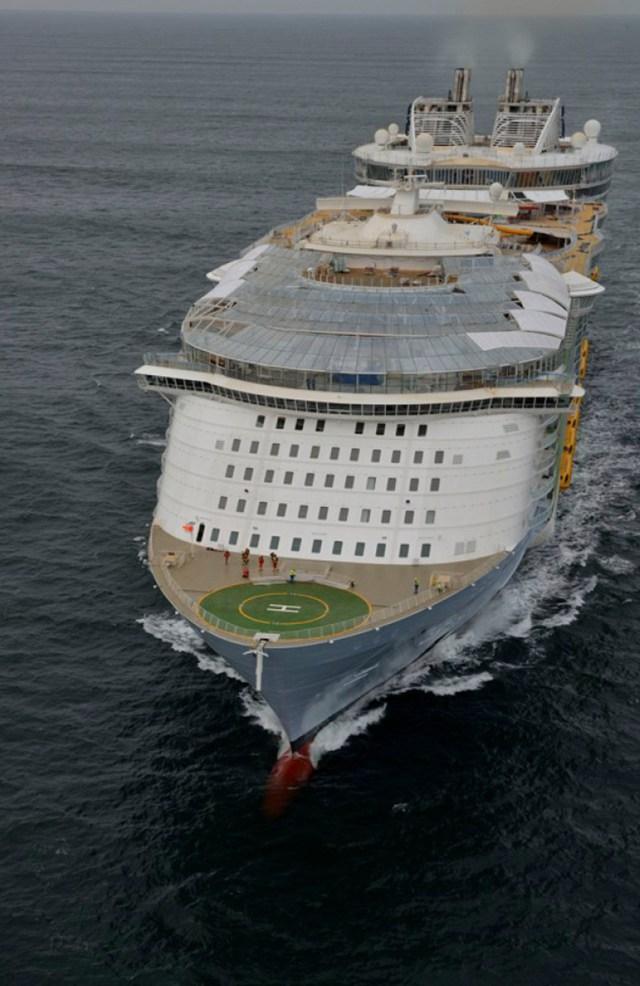 Crucero Symphony of the Seas tiene capacidad para 5.518 pasajeros y una tripulación de 2.200 integrantes