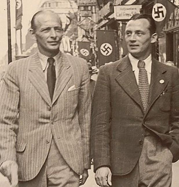Matthias Sindelar caminando por las calles de Viena en 1938