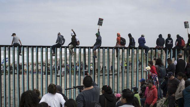 Caravana migratoria en frontera México- EEUU